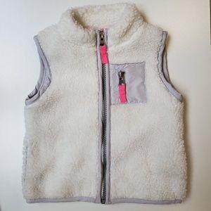 EUC Carter's Girl's Fuzzy White Vest 2T